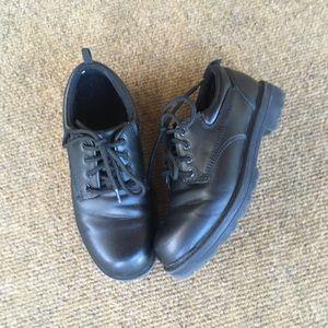 Boys size 4 Black Dress Shoes EUC by Grorge
